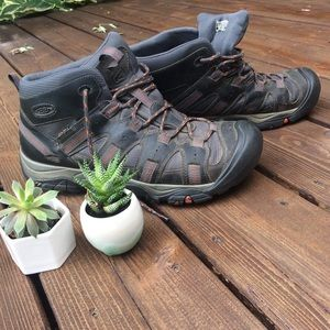 Keen Men's Size 12 Hiking Boots